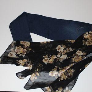 ENCORE high-rise jeans.. NWT